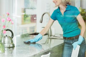 How do you keep countertops shiny