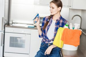 How long should it take to clean a room