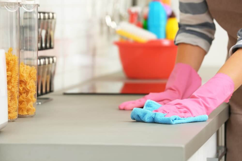What is the best thing to clean countertops with